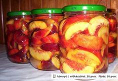 Nektarin befőtt egyszerűen Canning Pickles, Torte Cake, Hungarian Recipes, Meals In A Jar, Fun Desserts, Fruit Salad, Cucumber, Bacon, Food And Drink