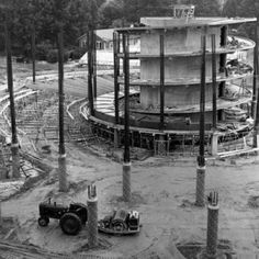 Construction of Harrelson's inner core. Photo by Ralph Mills.