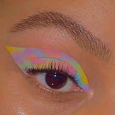 Indie Makeup, Edgy Makeup, Makeup Eye Looks, Eye Makeup Art, Colorful Eye Makeup, Cute Makeup, Makeup Goals, Pretty Makeup, Skin Makeup