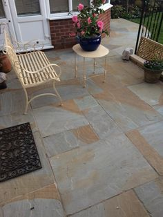 Kandla Grey is light grey Indian Sandstone widely popular in UK for outdoor patio and gardern paving areas. Indian Sandstone Paving Slabs, Patio Design, Traditional, Grey, Outdoor Decor, York, Tiles, Home Decor, Patio