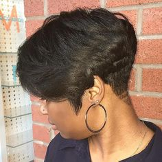 You will be surprised, but short haircuts and hairstyles for black women are not limited to just few options. We have 60 cute ideas for you and your perfect locks. Check these short black hairstyles and get inspired! Natural Short Cuts, Natural Hair Twist Out, Short Hair Cuts, Natural Hair Styles, Short Hair Styles, Short Relaxed Hairstyles, Twist Hairstyles, African Hairstyles, Black Women Hairstyles