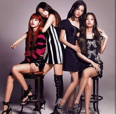 Top Hot Photo's of ROSE Blackpink In the ballads where folk melodies combined with words taken from poems were popular. The are the beginning of a new era for K-Pop culture. K-Pop, which has developed… Continue Reading → Divas, South Korean Girls, Korean Girl Groups, Black Pink Kpop, Blackpink Photos, Blackpink Fashion, Fashion Brand, Jennie Blackpink, Blackpink Jisoo