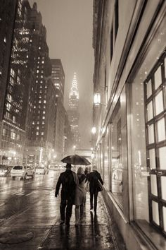 Rainy day in new york city by cities Cool Pictures, Cool Photos, City Rain, Nyc, Chrysler Building, I Love Ny, Life Is What Happens, Canada, Night City