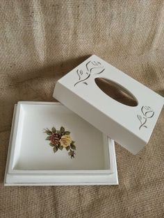Arte lá em casa: Caixa para Lenço - Flowers