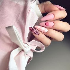 Semi-permanent varnish, false nails, patches: which manicure to choose? - My Nails Manicure Nail Designs, Valentine's Day Nail Designs, Acrylic Nail Designs, Nail Manicure, Nails Design, Art Designs, Cute Acrylic Nails, Cute Nails, Pretty Nails