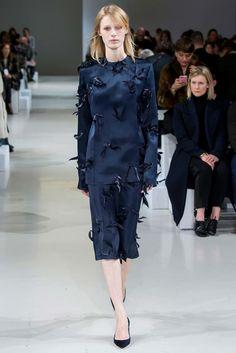 Nina Ricci Fall 2015 Ready-to-Wear Collection Photos - Vogue