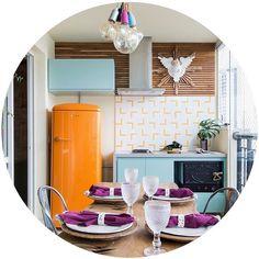 Lurca Azulejos | Azulejos Fatia Amarelo no projeto Marisa Eulálio @forma011 | foto: @registrodediaadia | Fatia Yellow - Ceramic Tiles // Shop Online www.lurca.com.br #azulejos #azulejosdecorados #revestimento #arquitetura #reforma #decoração #interiores #decor #casa #sala #design #ceramica #tiles #ceramictiles #ceramic #architecture #interiors #homestyle #livingroom #wall #backsplash #homedecor #saopaulo #sp #lurca #lurcaazulejos