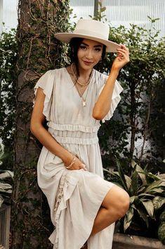 Maxi Dress With Sleeves, Tie Dress, Floral Maxi Dress, Ruffle Dress, Boho Dress, Beautiful Dresses, Nice Dresses, Modest Dresses, Modest Outfits