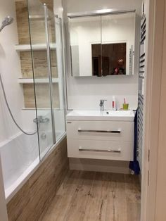 Modern Luxury Bathroom, Modern Bathroom Decor, Modern Bathroom Design, Bathroom Interior Design, Small Bathroom, Baths Interior, Toilet Design, Bathroom Renovations, Amazing Bathrooms