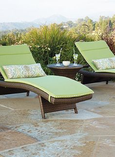Create a simple, yet colorful island experience for your patio with a few key pieces.