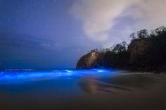 Majestuosa imagen en playa guanacasteca. (Foto tomada del Facebook de To The Wonder).