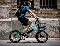 """Katu is a compact urban cruiser designed for densely populated cityscapes. Agile and with a minimal design, it is easier to store and transport than a normal bike, it features 20"""" wheels (inspired in my BMX race times) that are compact and nimble, pe"""