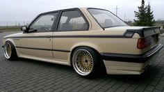 BMW from all over the world Appreciation thread - Page 48 Bmw E30 Coupe, Bmw E21, Bmw Classic Cars, Classic Auto, Classy Cars, Black Wheels, Tuner Cars, Custom Wheels, Bmw 3 Series