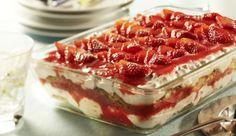 Normales Tiramisu schon so oft gegessen, dass es den Reiz verloren hat? Dann mache doch einmal ein Erdbeer-Cantuccini-Tiramisu.