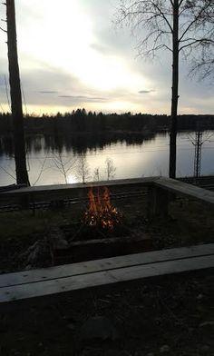 Kuva varhaiskeväällä meidän tulipaikalta - tulipaikka tietysti kaikkien käytettävissä - kauniit näkymät; eikö?