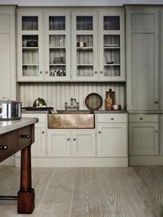 Swedish Kitchen Cabinet Design: Kitchen Inspiration and Thoughts on February – The Colorado Nest Swedish Kitchen, New Kitchen, Kitchen Interior, Kitchen Decor, Kitchen Ideas, Copper Kitchen, Interior Livingroom, Cheap Kitchen, Kitchen White