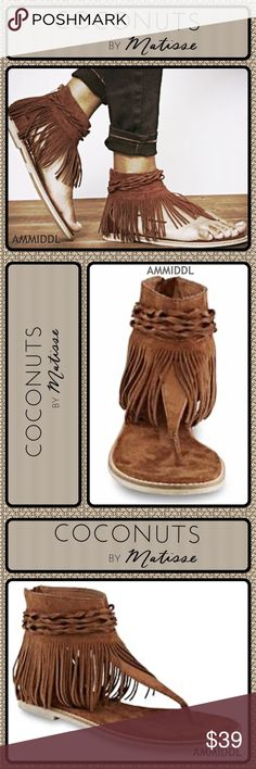🆕Coconuts by Matisse - Joy Fringe Sandal For a fun look with fringe, choose these women's Juno sandals from Coconuts by Matisse. The perfect balance of fashion and utility, these sandals let you show off your taste for the latest trends in a comfy fashion flat. With details including braided trim and a heel zipper, these microsuede sandals are sure to be a favorite choice.  Details: 🔸Color: Saddle 🔸Heel zipper 🔸Microsuede upper 🔸Fringe/braid detailing 🔸Padded footbed 🔸Textured rubber…