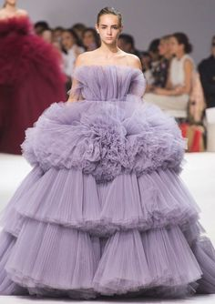 Giambattista Valli Fall 2016 Haute Couture