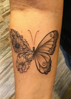 36 Cool Tattoos by Amazing Artist Isadora Lemos - Shake that bacon tatoo feminina - tattoo feminina Wrist Tattoos, Mini Tattoos, Body Art Tattoos, Small Tattoos, Tatoos, Tattoo Ink, Pretty Tattoos, Beautiful Tattoos, Piercing Tattoo