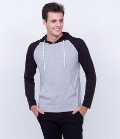 Camiseta masculina  Manga longa raglan  Com capuz  Com bolso  Marca: Blue Steel  Tecido: meia malha  Composição: 90% algodão e 10% viscose  Modelo veste tamanho: M     Medidas do modelo:     Altura: 1,89  Tórax: 97  Cintura: 90  Quadril: 104      COLEÇÃO INVERNO 2016     Veja outras opções de    camisetas masculinas.