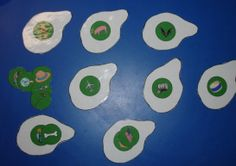 Green Eggs & Ham free printables ~ artwork patterns and rhyming game. Perfect for our Dr. Seuss week in honor of his birthday! Dr. Seuss, Dr Seuss Week, Dr Seuss Activities, Preschool Themes, Preschool Activities, Rhyming Games, March Themes, Green Eggs And Ham, Spring Theme