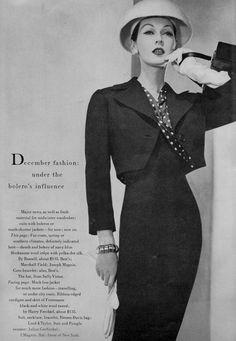 https://flic.kr/p/H3pqxW | Vogue Editorial Dec. 1955 | Dovima shot by Horst