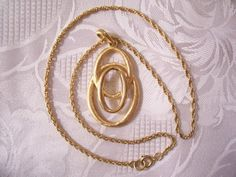 Three Ring Necklace Gold Tone Vintage Trifari Large Pendant Rope Style Link Chain