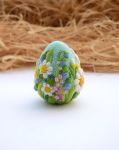 Easter Felted Eggs, Easter Decoration, Easter Gift, Ornaments, Ready to Ship by LifeandWool on Etsy https://www.etsy.com/listing/264458553/easter-felted-eggs-easter-decoration