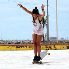Bolinho | Hangten Wheelie kilométrico   Ana Maria Suzano - Longboard Dancing Freestyle - Guanabara Boards Team Rider - Aulas de skate longboard para adultos - Aulas de long - Longboard Girls - Longboard Para Meninas