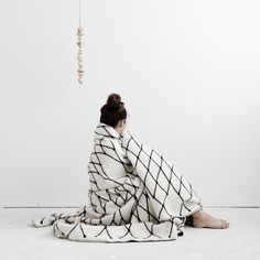 bastisRIKE: THE GRID BLANKET
