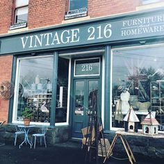 Exploring in Ballarat. Found this gorgeous shop Vintage 216 with the most beautiful collectables and vintage pieces. Exciting!!!! 😜