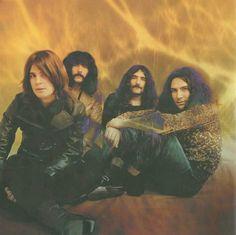 #BlackSabbath Ozzy Osbourne Black Sabbath, Bill Ward, Beatles, Black Sabbath Concert, Geezer Butler, Solo Photo, Famous Black, Rockn Roll, Band Photos