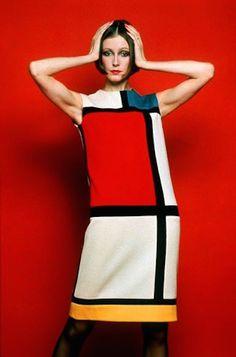 Yves Saint Laurent - robe Mondrian - Automne/Hivers 1965Jersey de laine blanc, rouge et noir.