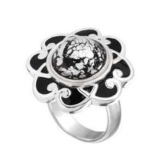 I found 'Black Enamel Flower Ring Kameleon Interchangible Jewelry' on Wish, check it out!