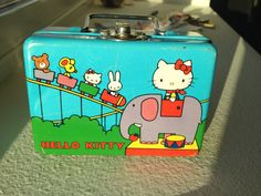 Hello kitty vintage doll pail Japan 1976 tiny lunch box graphics rare metal Collector item