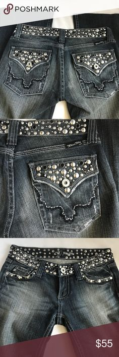 Miss me jeans size 25 embellished denim Beautiful jeans from Miss me size 25. Silver and black bear embellishment on pockets and waistband. Dark denim with light wash details. 31'' inseam (check your own inseam before buying) :) Miss Me Jeans Boot Cut
