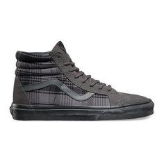 SK8-Hi Reissue ($70) ❤ liked on Polyvore featuring men's fashion, men's shoes, mens vintage shoes, mens high top shoes, vintage mens sneakers, mens cap toe shoes e vans mens shoes