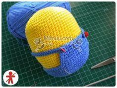 Amigurumi minions Stuart, paso a paso en español Minion Crochet Patterns, Minion Pattern, Amigurumi Patterns, Diy Crochet, Crochet Dolls, Diy Halloween Decorations, Amigurumi Doll, Crochet Projects, Minions Minions