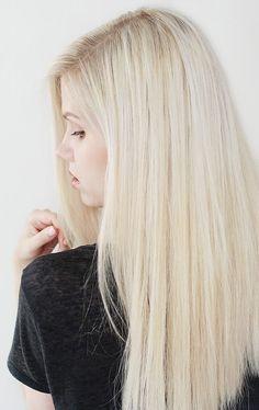 4 Friseure und eine Traumhaarfarbe - Mit Olaplex von Dunkelblond auf Weißblond war mein Wunsch. Doch trotz meiner schlechten Erfahrungen mit Friseuren ahnte ich nicht, was auf mich zukommen würde...