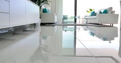 Porcelanosa Grupo Projects: materials which ooze Andalusian white in Cataleya Phase 2