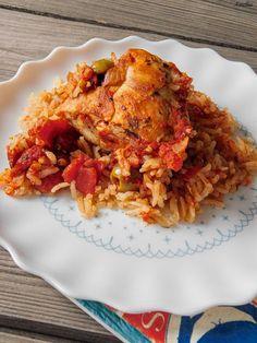 Flavours of Amellia: Španělské kuře s rýží z jednoho hrnce Lasagna, Cauliflower, Meat, Chicken, Vegetables, Ethnic Recipes, Cauliflowers, Vegetable Recipes, Cucumber