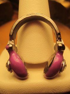 Ring Vintage Retro 80s Headphone Purple Crystals Fun Chic U-Shape Mint