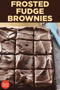 Frosted Fudge Brownies Frosted Fudge BrowniesYou can find Fudge brownies and more on our website. Fudgy Brownie Recipe, Brownie Frosting, Fudge Brownies, Chocolate Brownies, Brownie Recipes, Chocolate Recipes, Cookie Recipes, Cheesecake Brownies, Frosted Brownies