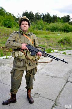 Allied WW2 Paratrooper