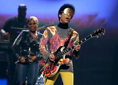LAS VEGAS, NV - SEPTEMBER 22: Singer Mary J. Blige (L) and recording artist Prince perform onstage during the 2012 iHeartRadio Music Festival at the MGM Grand Garden Arena on September 22, 2012 in Las Vegas, Nevada. (Photo by Christopher Polk/Getty Images for Clear Channel) via @AOL_Lifestyle Read more: http://www.aol.com/article/2016/05/11/princes-doctor-test-results-paisley-park/21375227/?a_dgi=aolshare_pinterest#fullscreen