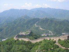Top 10 Bucket List Travel Destinations - Great Wall of China