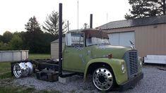Lowered Trucks, Dually Trucks, Big Rig Trucks, Semi Trucks, Old Trucks, Vw Tattoo, Medium Duty Trucks, Little Truck, Shop Truck