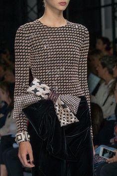 Armani Privé Couture Fall 2016 -