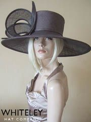 Only Hat Hire in Ascot 3 min walk from Grandstand, Dress-2-Impress