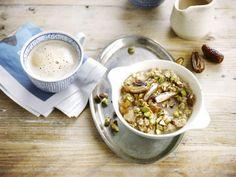 Un petit-déjeuner au top grâce à un délicieux porridge à base de la boisson Alpro Noisette